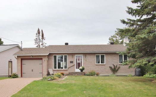 44 Terry Fox Ave, Carleton Place